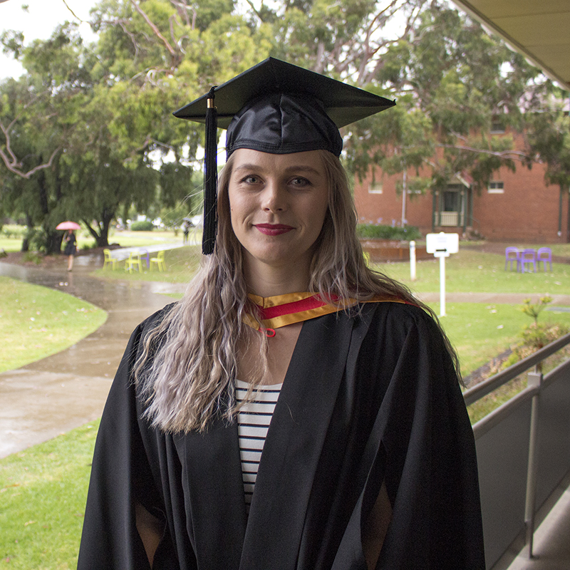 Zoe Merrington – Bachelor of Equine Science